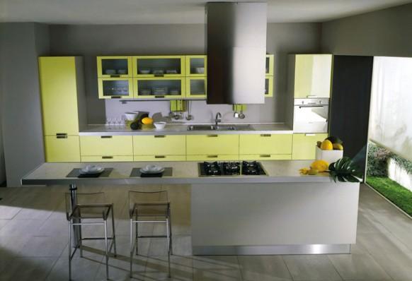 Piramide-yellow-kitchen