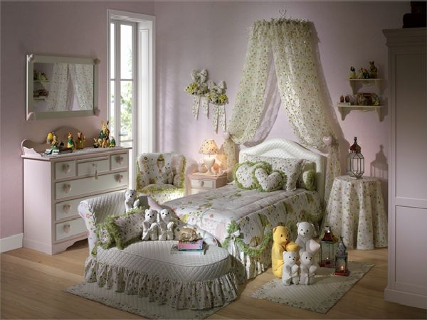 Romantic-and-Classic-Girl-Bedroom